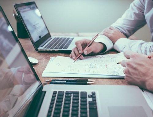 Agent d'influenceur : conseiller et développeur d'affaire pour les influenceurs